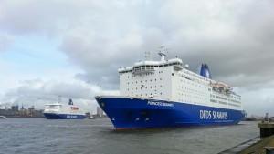 Princess Seaways und King Seaways im Hafen von IJmuiden
