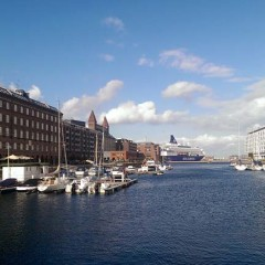 Amerikakaj in Kopenhagen - Pearl Seaways im Hintergrund