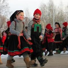 Kinder Tanzgruppe im Folkemuseum © Theresa Søreide/Norsk Folkemuseum - Visitnorway.com