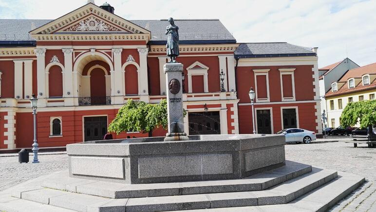 Baltikum reisen Klaipeda Brunnen_Credits Sabine Bobrowski