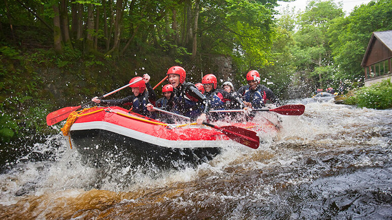 White Water Rafting_Fluss Tryweryn_co_VisitBritain