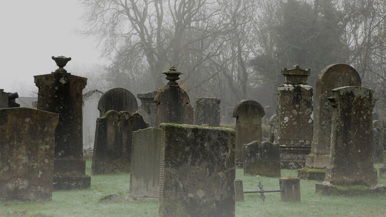 Halloween Luss Cemetery_co_VisitBritain
