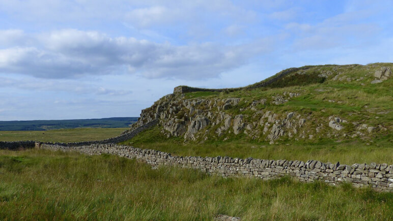 Hadrianswall Aussicht_co_the-celtic-ways.de