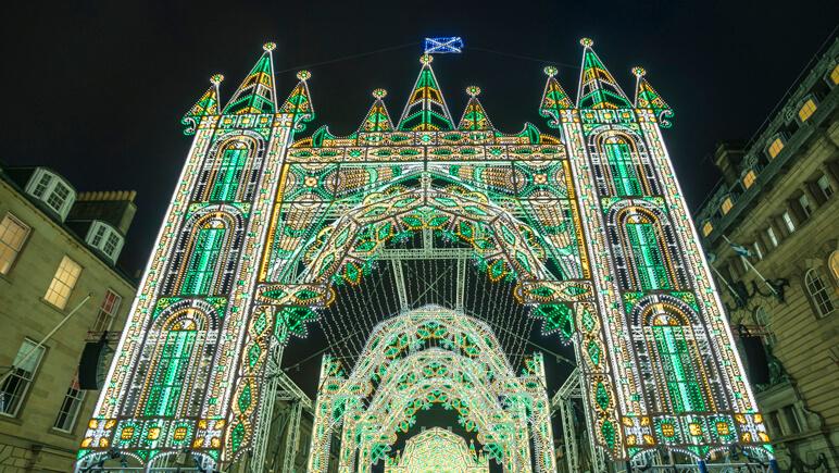 Weihnachtsmarkt Edinburgh © VisitScotland_Kenny Lam