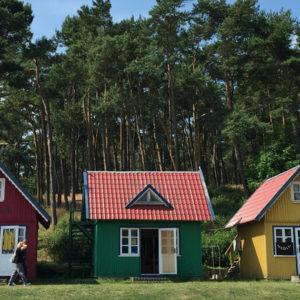 bunte Häuser in Nida in Litauen