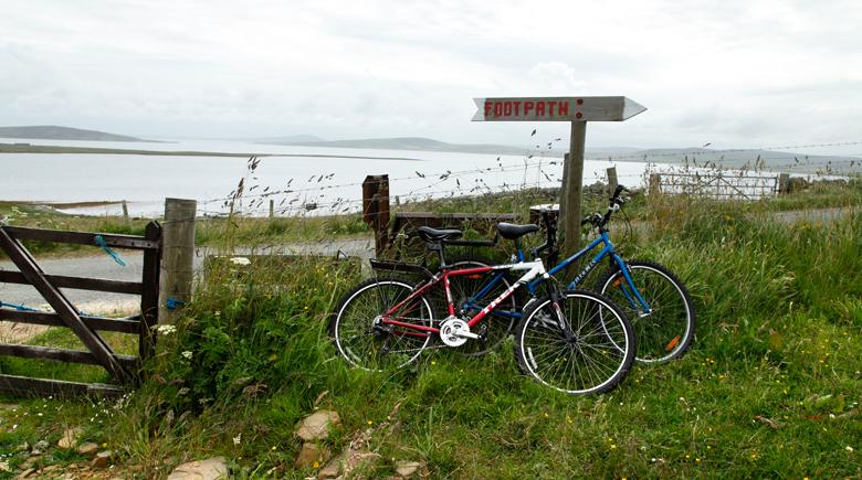 Abgestellte Fahrräder in Schottalnd co VisitScotland