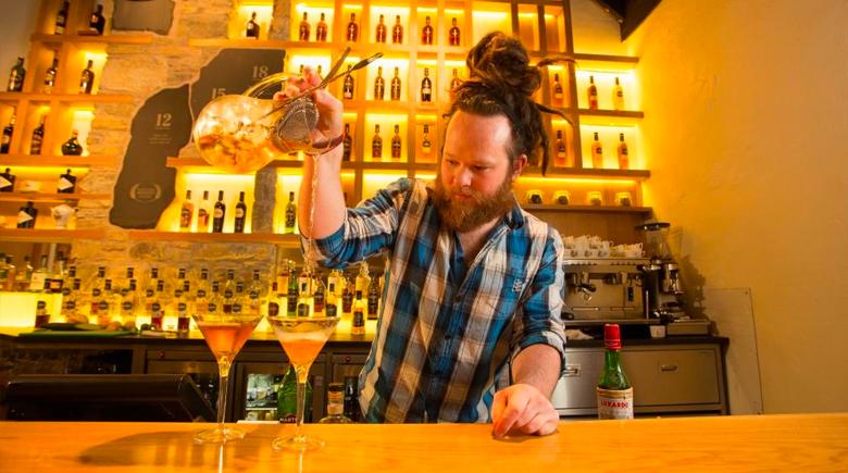 Whisky Bar in Schottland