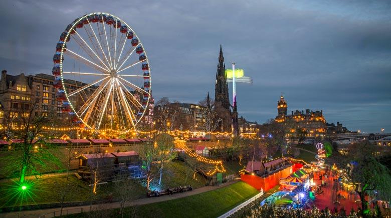 Weihnachten in Edinburgh: Riesenrad © Kenny Lam, VisitScotland