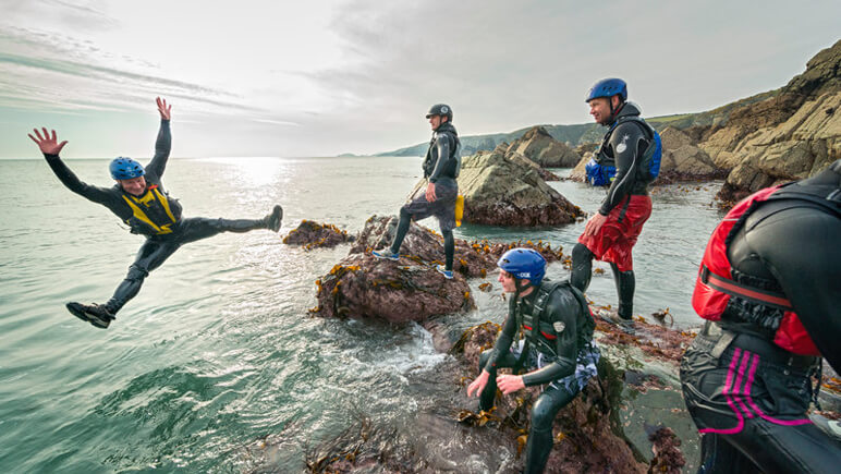 Coasteering Pembrokeshire_Wales_co_VisitBritain
