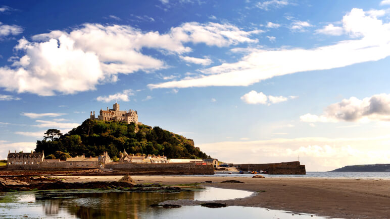Rosamunde Pilcher St. Michaels Mount Cornwall_co_VisitBritain