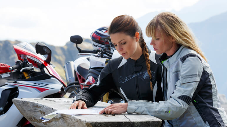 Motorradreisen Check © Detlev Louis Motorrad-Vertriebsgesellschaft