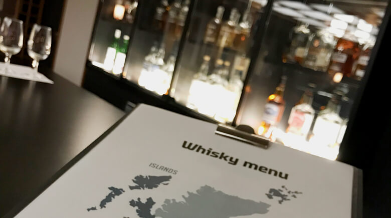 Whisky Bar an Bord von DFDS