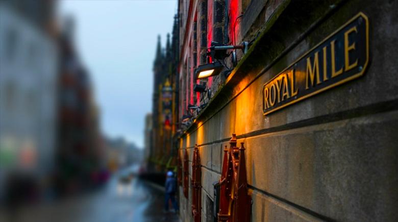 Nacht in Edinburgh