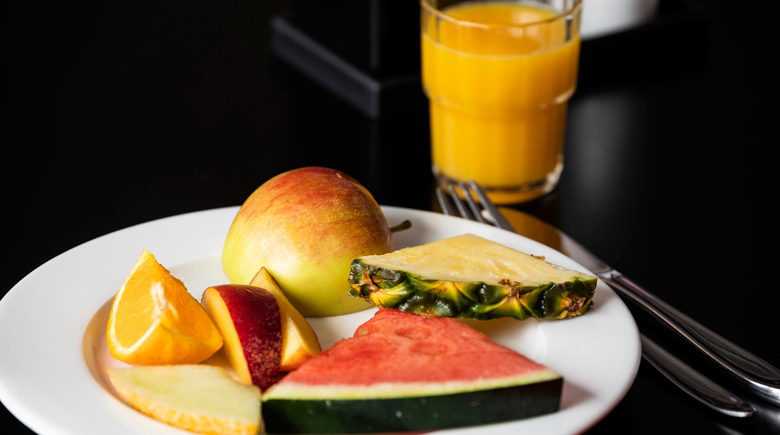 Frühstück an Bord DFDS