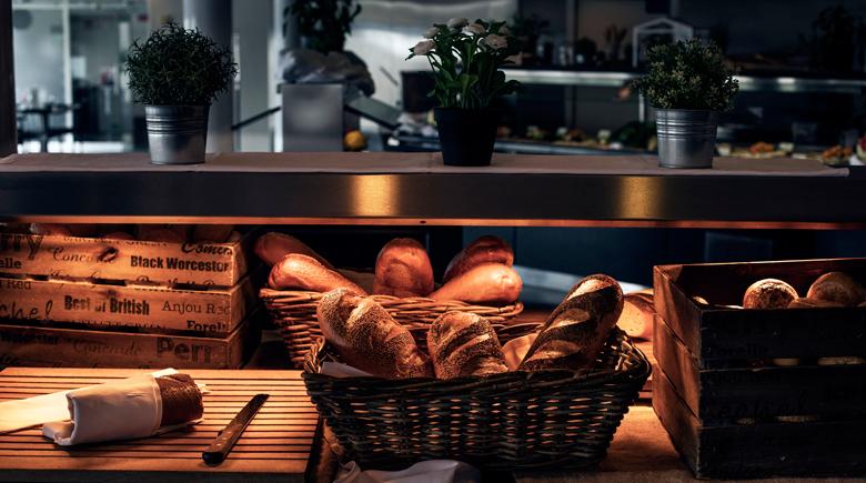 Frisches Brot zum Frühstück - DFDS