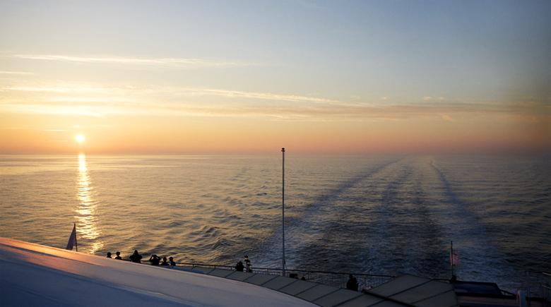 Sonnenuntergang an Bord von DFDS