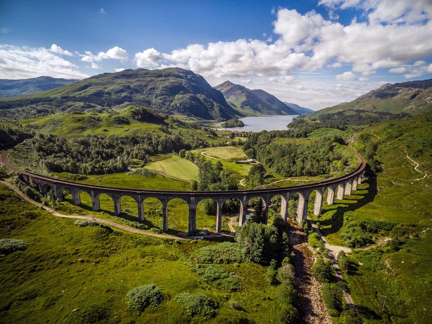 Wanderung entlang des Glenfinnan-Viadukts