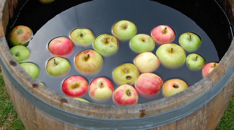 Apple Dookin Jeux de fête écossais